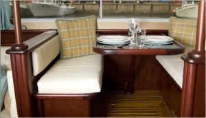 luxurytrawlerwithflybridge16.jpg