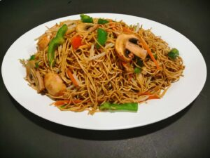 Egg Noodle with Bean Spout Green Onion in Soya Sauce
